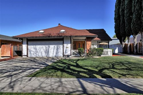 Photo of 6258 Camino Verde DR, SAN JOSE, CA 95119 (MLS # ML81832477)