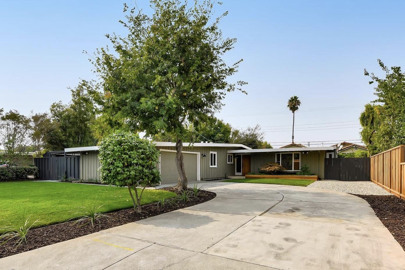 Photo for 413 Cloverdale LN, CAMPBELL, CA 95008 (MLS # ML81813478)
