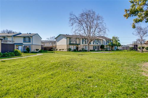 Photo of 2690 Oliver DR, HAYWARD, CA 94545 (MLS # ML81782481)