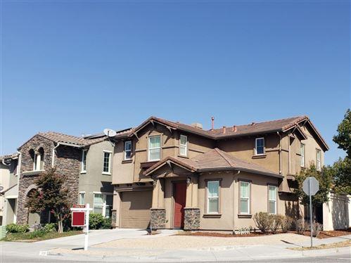 Photo of 7238 Basking Ridge AVE, SAN JOSE, CA 95138 (MLS # ML81815482)