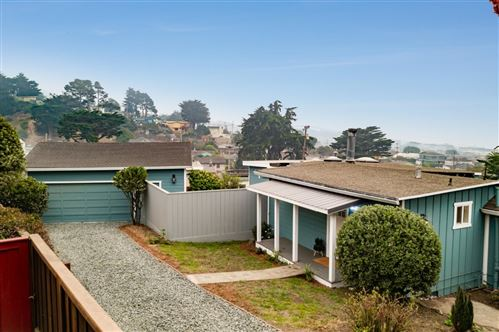 Photo of 386 Bancroft WAY, PACIFICA, CA 94044 (MLS # ML81810484)