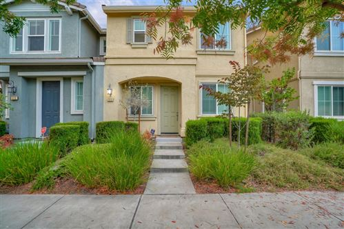 Photo of 1111 Red Wing DR, HAYWARD, CA 94541 (MLS # ML81810485)