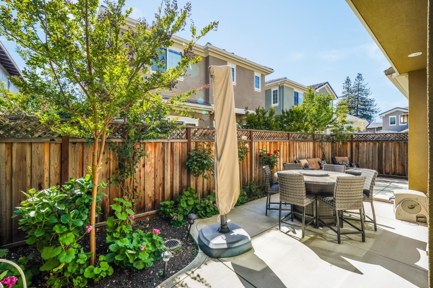 8 Kentfield Court, Redwood City, CA 94061 - #: ML81839485