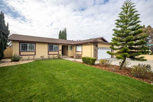 Photo of 37721 Blacow RD, FREMONT, CA 94536 (MLS # ML81821488)