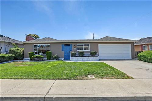Photo of 992 Fairfield Avenue, SANTA CLARA, CA 95050 (MLS # ML81854490)