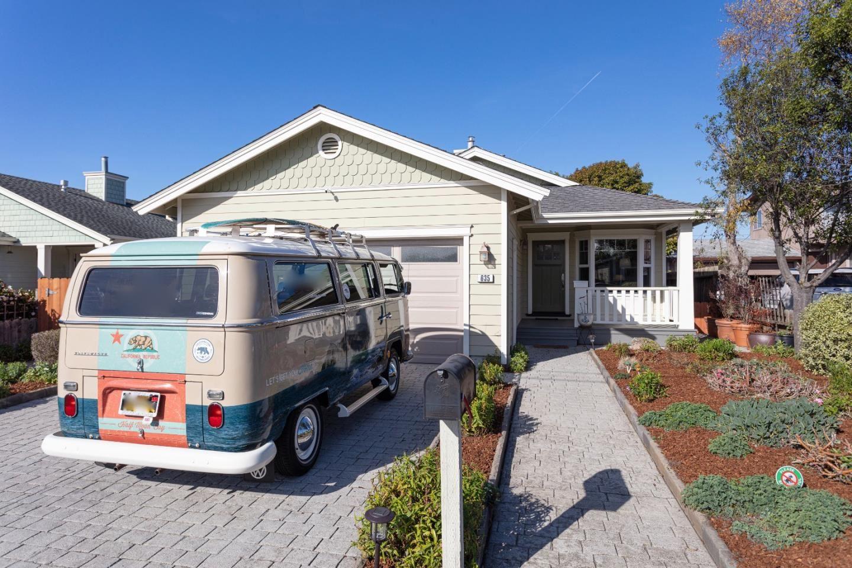 Photo for 635 Magnolia ST, HALF MOON BAY, CA 94019 (MLS # ML81826491)