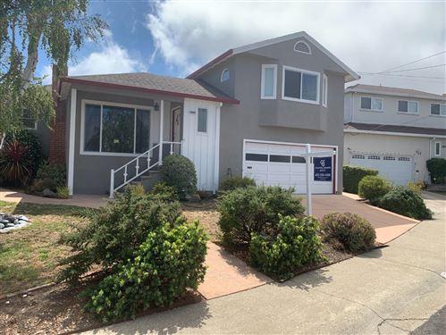 Photo of 28 Henry Place, MILLBRAE, CA 94030 (MLS # ML81852493)