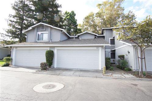 Photo of 4960 Red Creek DR, SAN JOSE, CA 95136 (MLS # ML81811496)
