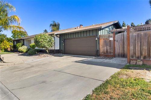 Photo of 880 Susan Court, GILROY, CA 95020 (MLS # ML81841497)