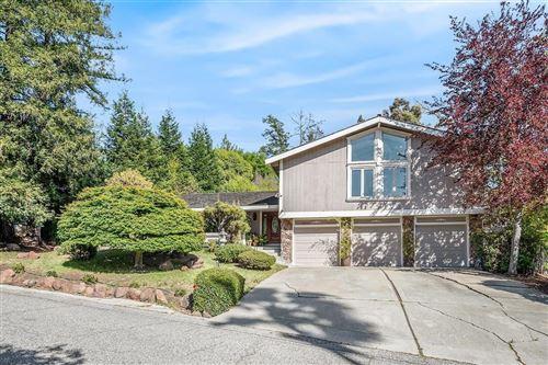 Photo of 16525 Oak View Circle, MORGAN HILL, CA 95037 (MLS # ML81842497)
