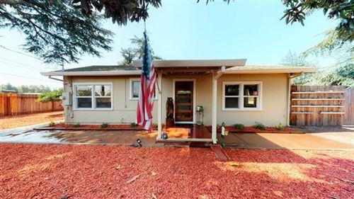 Photo of 13315 Llagas AVE, SAN MARTIN, CA 95046 (MLS # ML81809498)