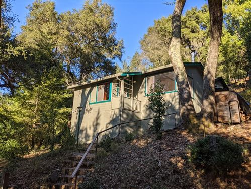 Photo of 21487 Old Mine RD, LOS GATOS, CA 95033 (MLS # ML81818499)