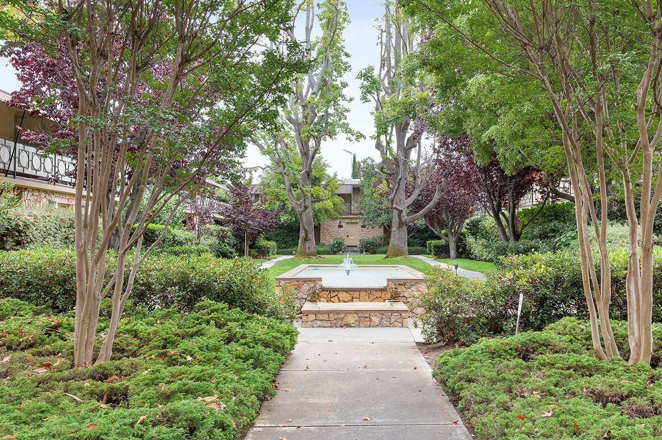 Photo for 756 University AVE 756 #756, PALO ALTO, CA 94301 (MLS # ML81828499)