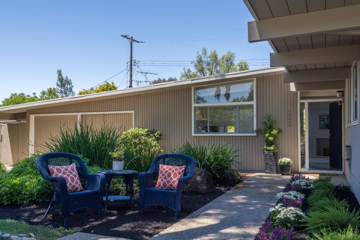 Photo for 243 Ely Place, PALO ALTO, CA 94306 (MLS # ML81853499)