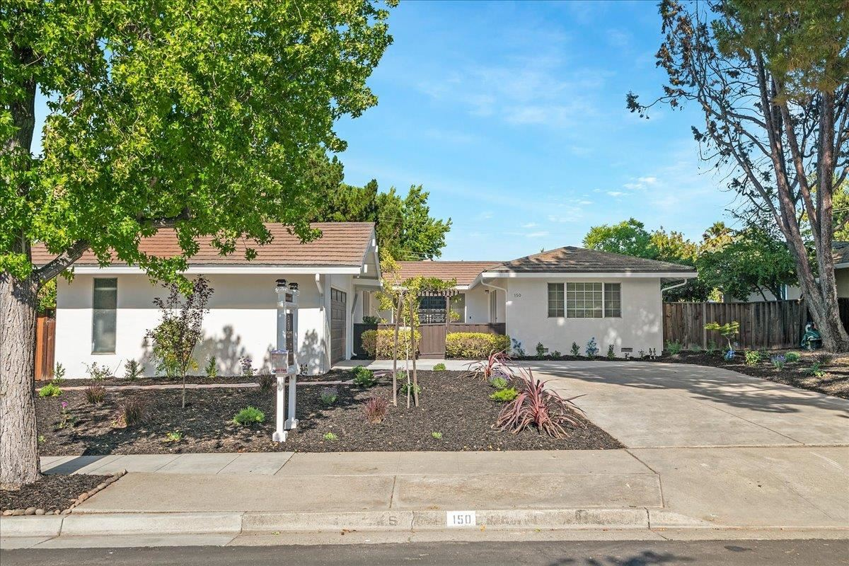Photo for 150 Forest Hill Drive, LOS GATOS, CA 95032 (MLS # ML81850500)