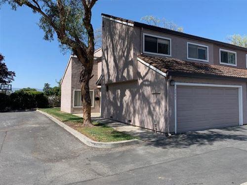 Photo of 2661 Kentworth WAY, SANTA CLARA, CA 95051 (MLS # ML81837501)