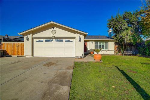 Photo of 1715 Almond WAY, MORGAN HILL, CA 95037 (MLS # ML81821507)