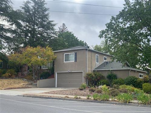Photo of 2523 Brewster Avenue, REDWOOD CITY, CA 94062 (MLS # ML81854508)