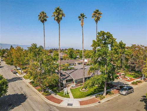 Photo of 1713 Silverwood Drive, SAN JOSE, CA 95124 (MLS # ML81863508)