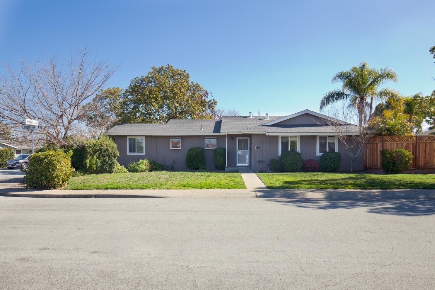 Photo for 1072 Longfellow AVE, CAMPBELL, CA 95008 (MLS # ML81828508)