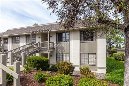 Photo of 5501 Cribari Bend, SAN JOSE, CA 95135 (MLS # ML81840510)