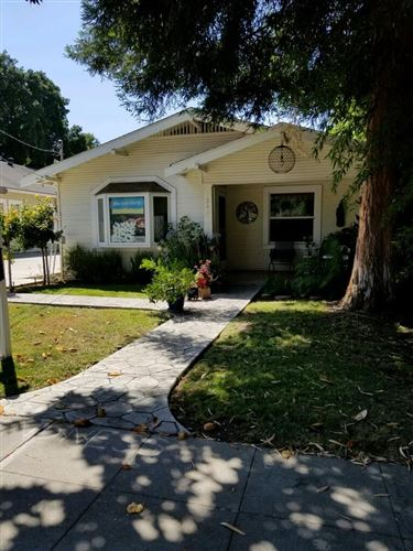 Photo of 240 Chiquita Avenue, MOUNTAIN VIEW, CA 94041 (MLS # ML81849510)