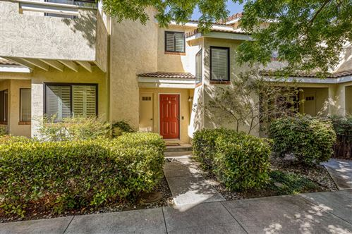 Photo of 227 Ada Avenue #Q, MOUNTAIN VIEW, CA 94043 (MLS # ML81842511)