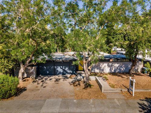 Photo of 693 Wildwood Lane, PALO ALTO, CA 94303 (MLS # ML81852512)