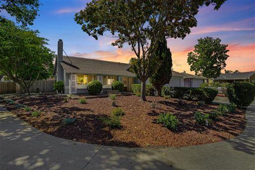 Photo of 6952 Polvadero Drive, SAN JOSE, CA 95119 (MLS # ML81847516)