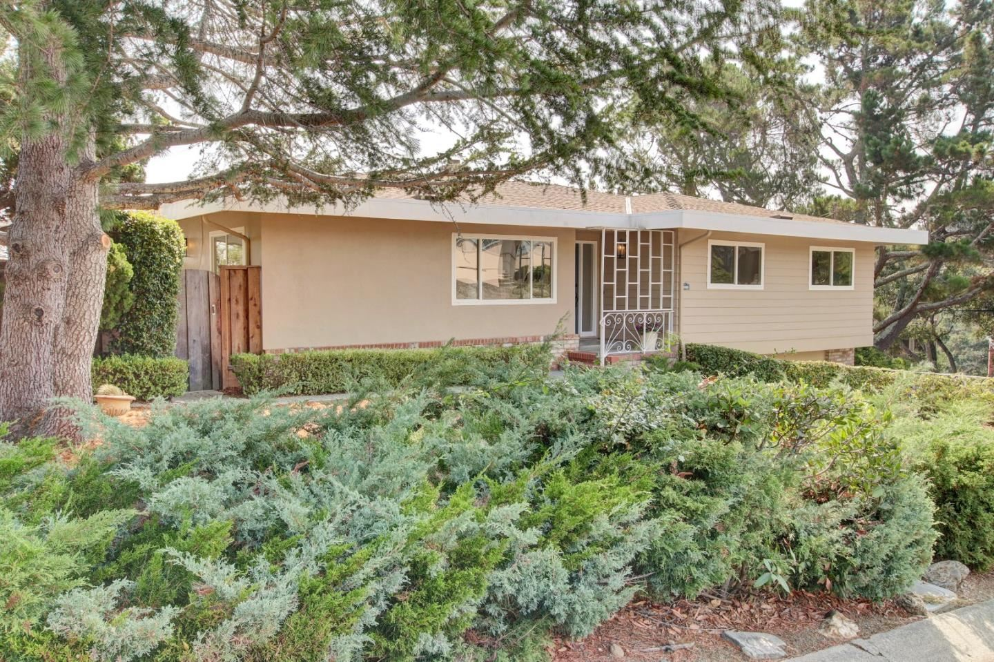 Photo for 3300 Plateau DR, BELMONT, CA 94002 (MLS # ML81799517)