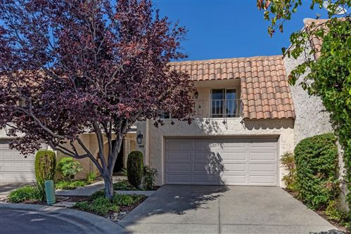 Photo of 105 Callecita, LOS GATOS, CA 95032 (MLS # ML81810518)