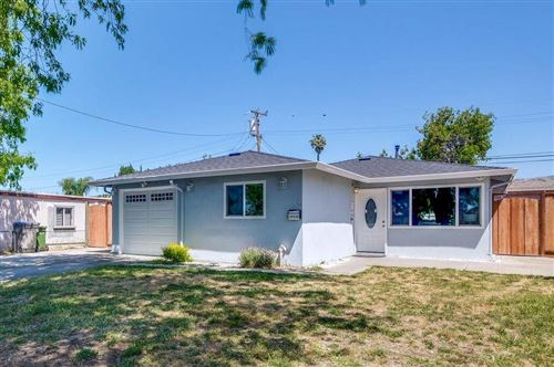 Photo of 10330 Murtha Drive, SAN JOSE, CA 95127 (MLS # ML81842519)