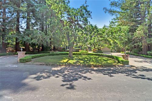 Photo of 17950 Vineland Avenue, MONTE SERENO, CA 95030 (MLS # ML81861519)