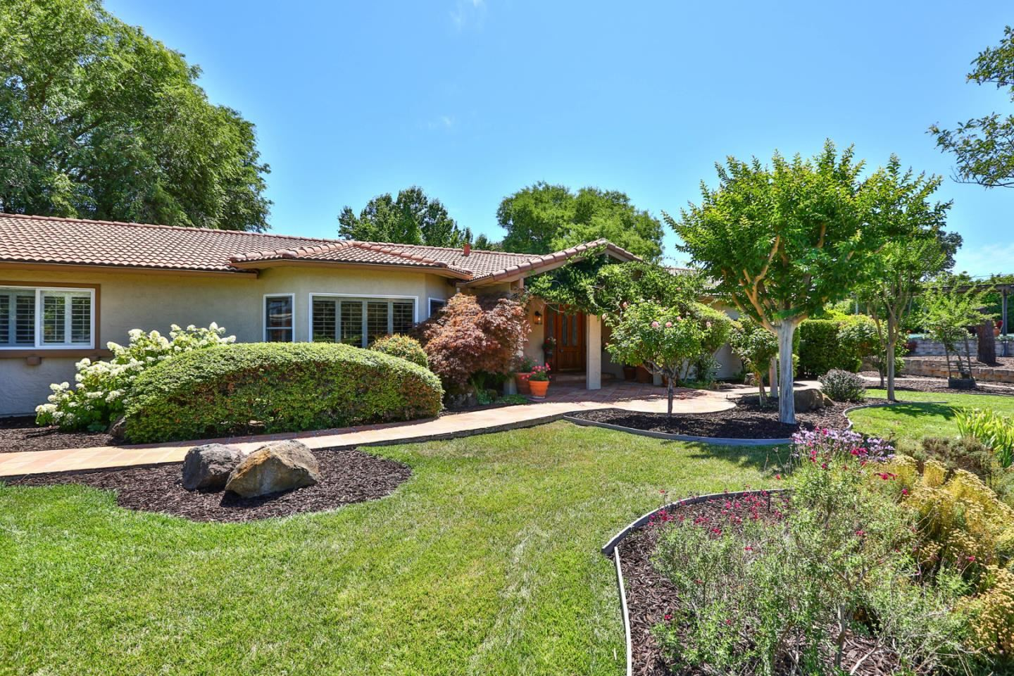 Photo for 2000 Day Road, GILROY, CA 95020 (MLS # ML81844519)