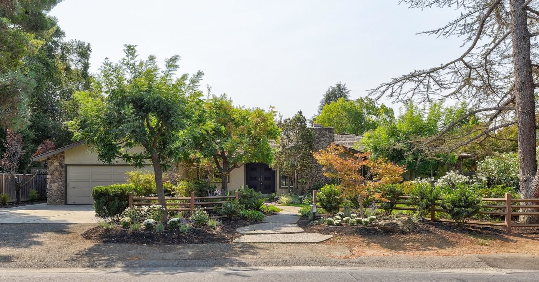Photo for 190 Pine Lane, LOS ALTOS, CA 94022 (MLS # ML81864519)