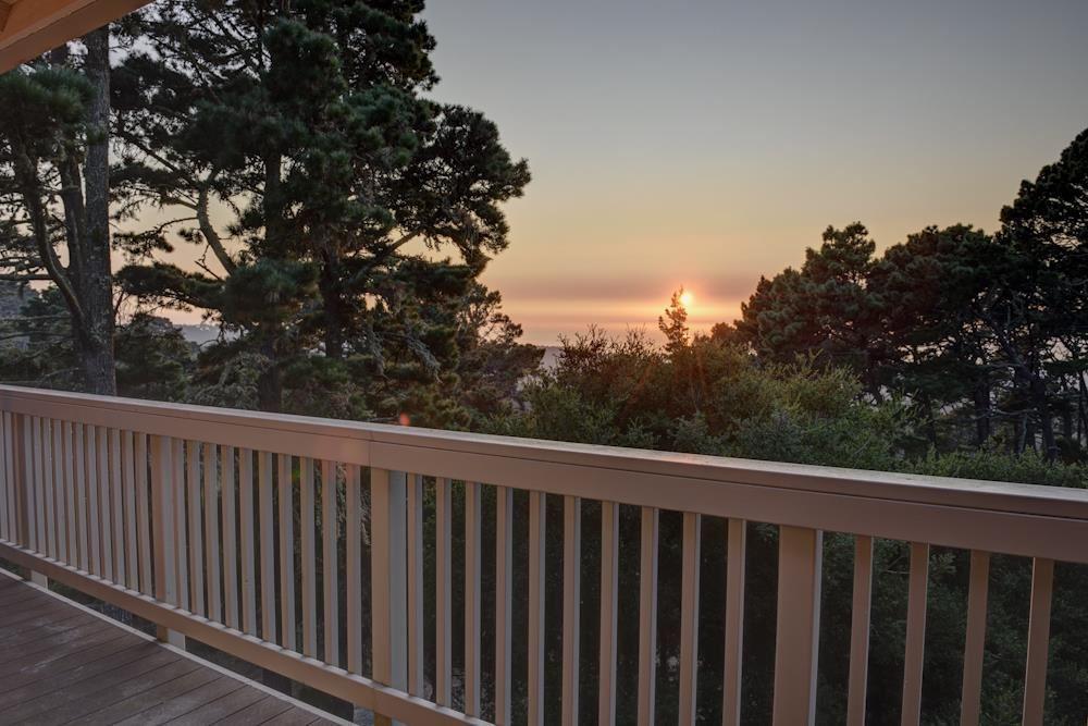 Photo for 250 Forest Ridge RD 48 #48, MONTEREY, CA 93940 (MLS # ML81814524)