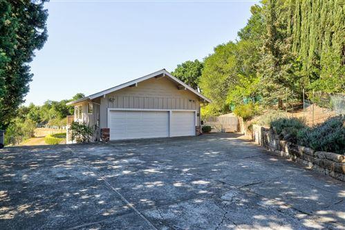 Photo of 10737 Magdalena Road, LOS ALTOS HILLS, CA 94024 (MLS # ML81843526)