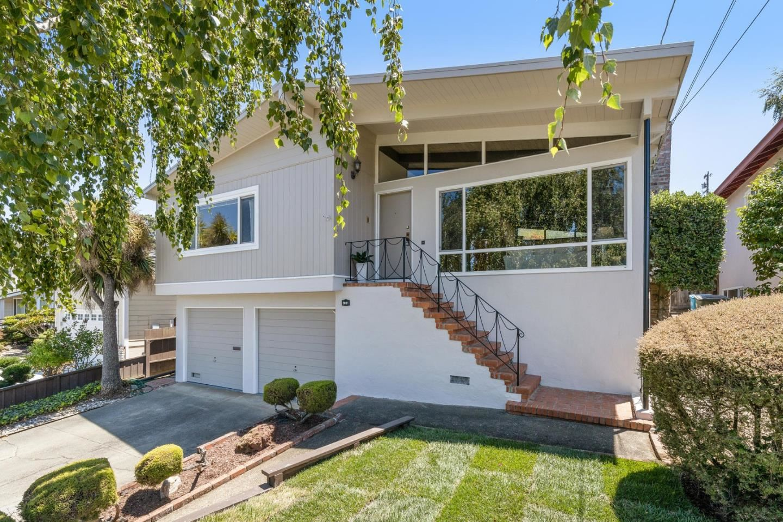 Photo for 3611 Reposo Way, BELMONT, CA 94002 (MLS # ML81853526)