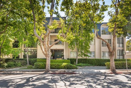 Photo of 1133 Douglas Avenue #101, BURLINGAME, CA 94010 (MLS # ML81858529)