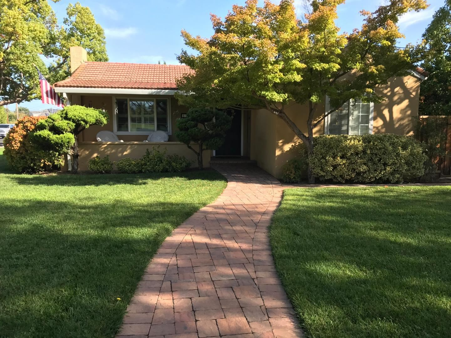 Photo for 179 W Latimer AVE, CAMPBELL, CA 95008 (MLS # ML81813531)