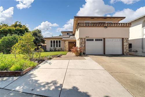 Photo of 3013 Abelia Court, SAN JOSE, CA 95121 (MLS # ML81864532)