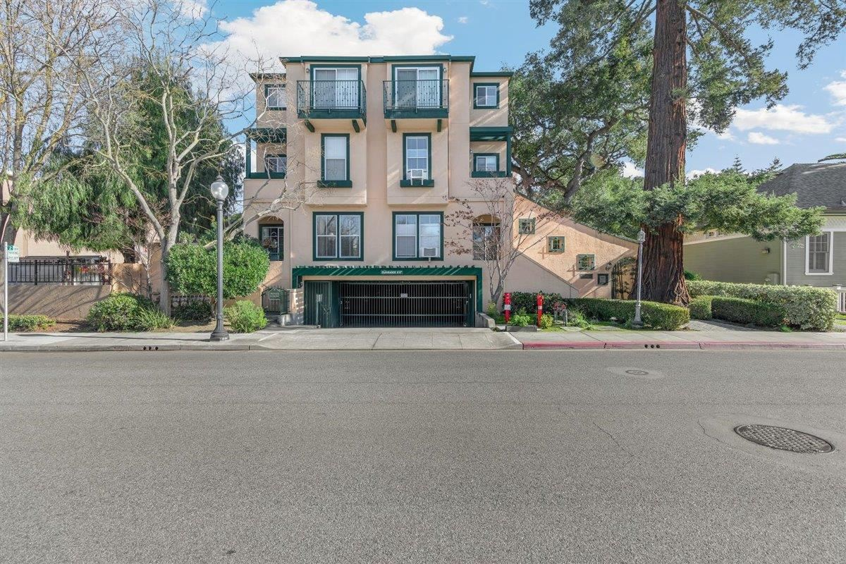 Photo for 389 Hope ST, MOUNTAIN VIEW, CA 94041 (MLS # ML81830538)