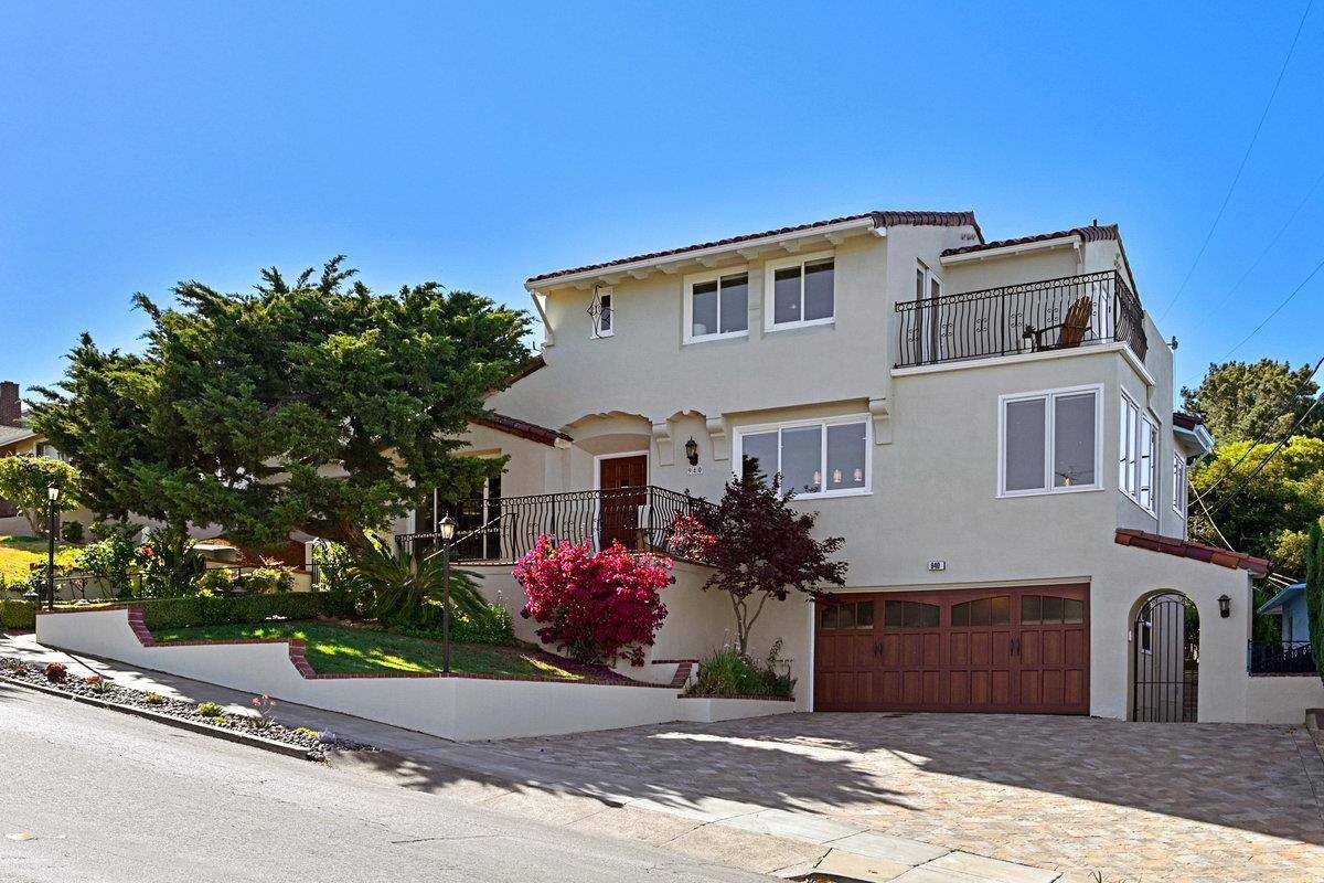 Photo for 940 Hillcrest Boulevard, MILLBRAE, CA 94030 (MLS # ML81850538)