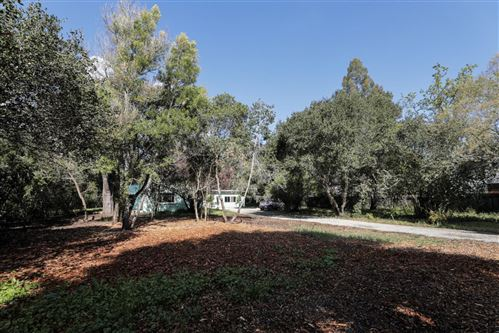 Photo of 541 Menlo Oaks DR, MENLO PARK, CA 94025 (MLS # ML81793539)