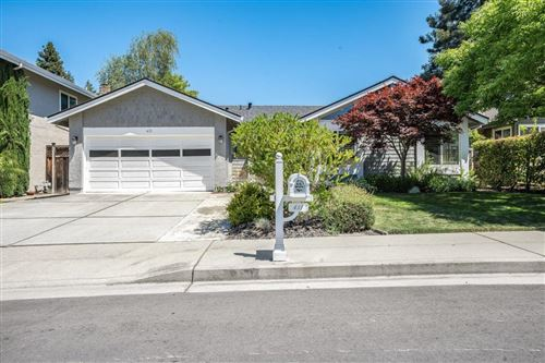 Photo of 431 Montwood CIR, REDWOOD CITY, CA 94061 (MLS # ML81797541)