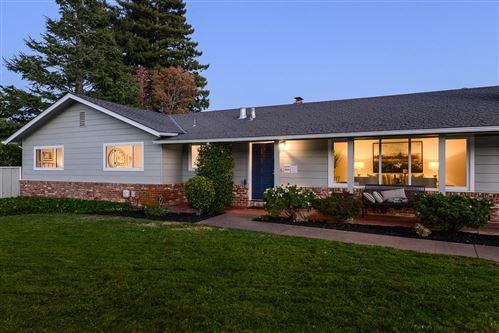 Photo of 20 Castle CT, HILLSBOROUGH, CA 94010 (MLS # ML81820541)