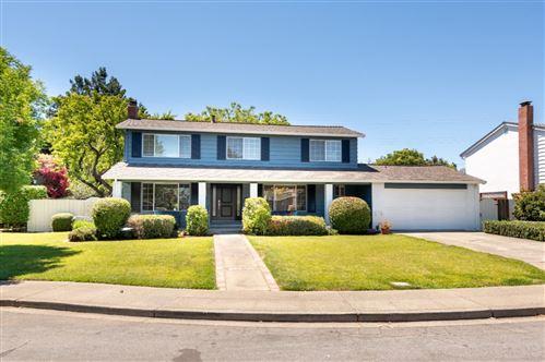 Photo of 2739 Saint Giles Lane, MOUNTAIN VIEW, CA 94040 (MLS # ML81850541)