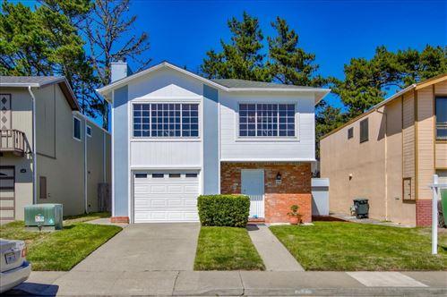 Photo of 175 Eastridge CIR, PACIFICA, CA 94044 (MLS # ML81797542)