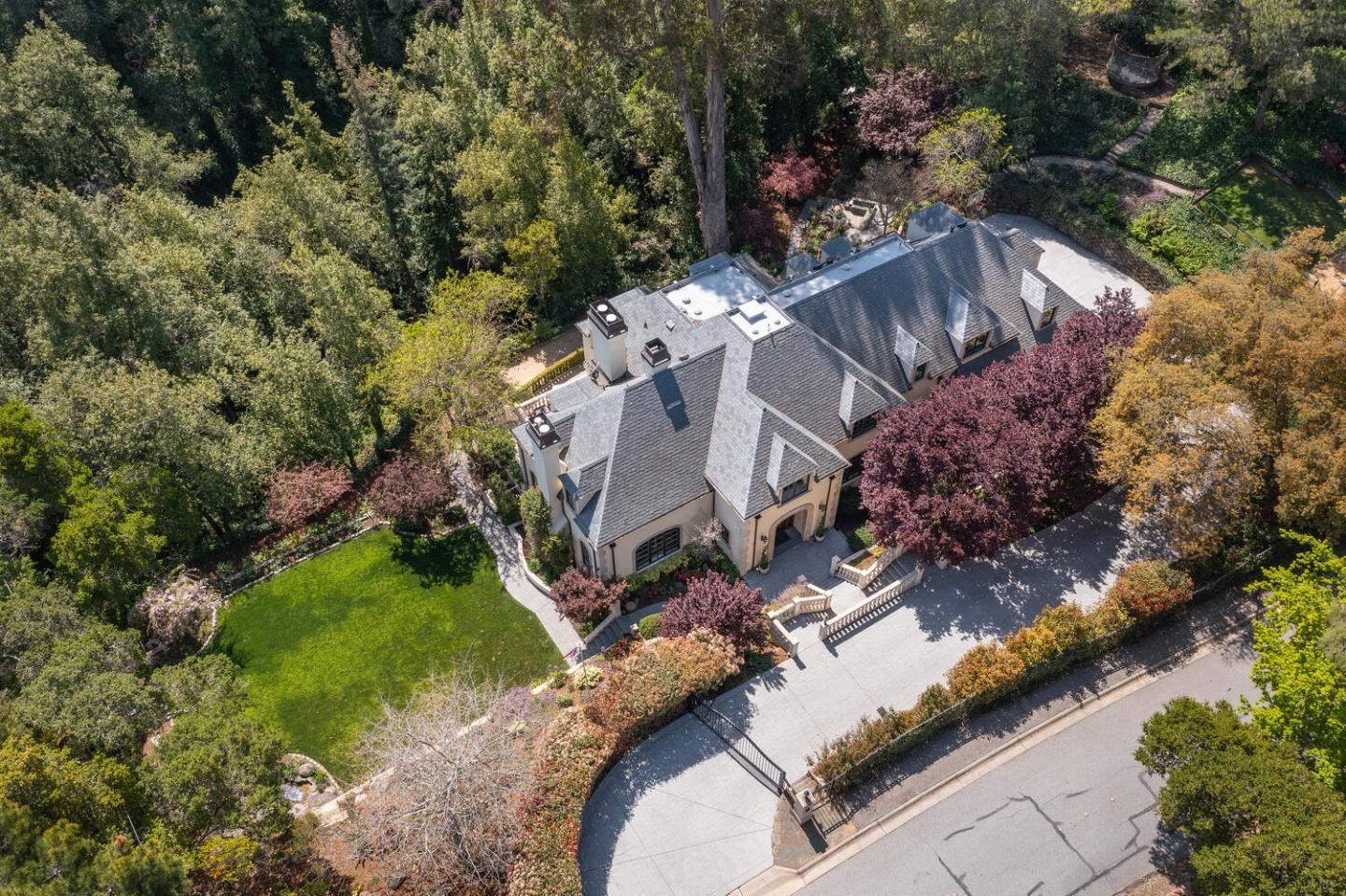 Photo for 2289 Forest View Avenue, HILLSBOROUGH, CA 94010 (MLS # ML81837543)