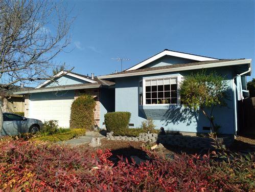 Photo of 6184 Ansdell WAY, SAN JOSE, CA 95123 (MLS # ML81831547)